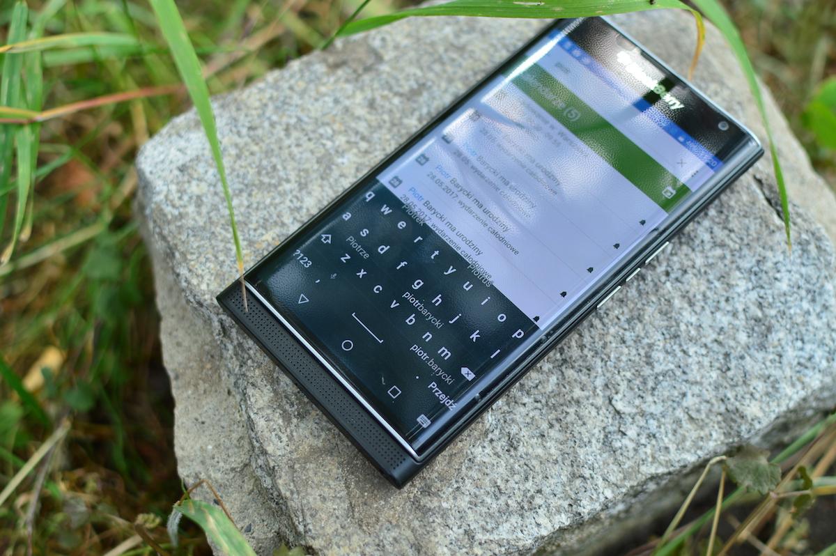 Tęsknisz za BlackBerry 10? Teraz twój telefon z Androidem może stać się Jeżyną