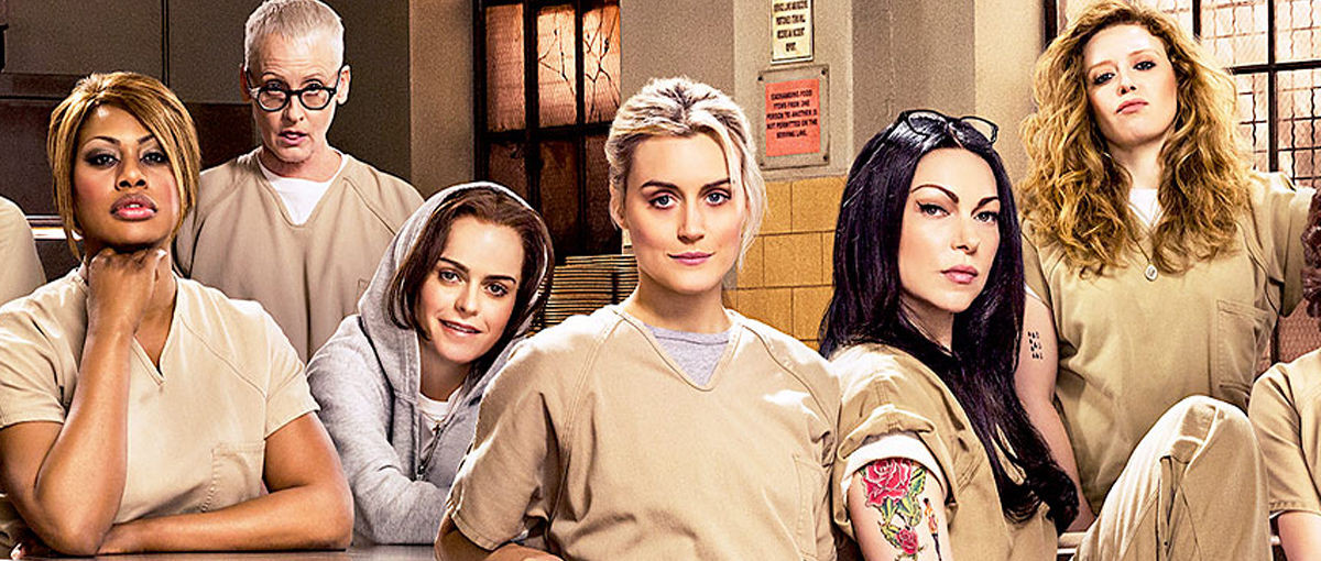 """Był bimber, kurczaki i pomarańczowy dywan. Premiera 4 sezonu """"Orange Is the New Black"""" – relacja Spider's Web"""