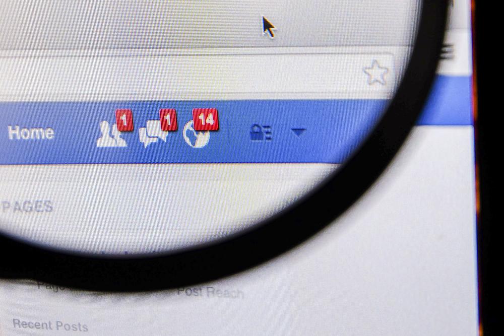 Blady strach padł na wydawców żyjących z Facebooka