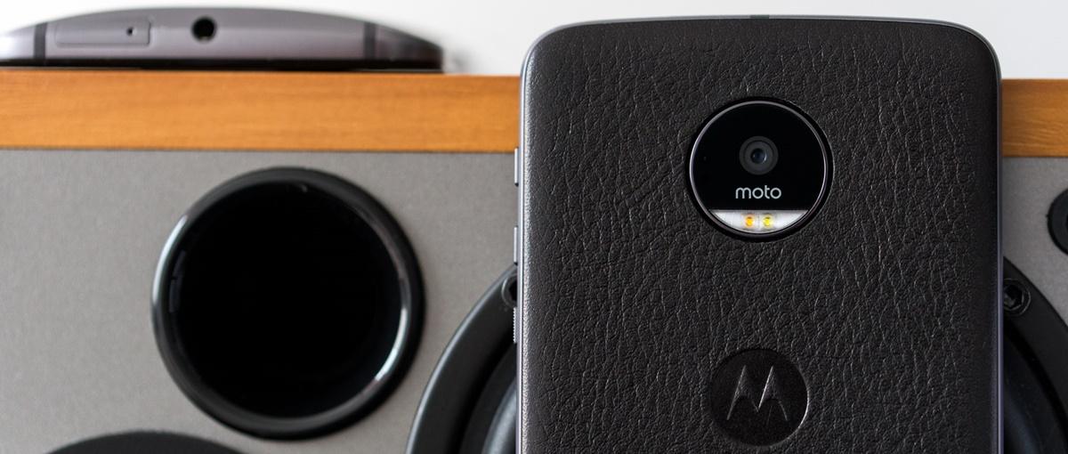 Na ten smartfon warto czekać. Sprawdziliśmy nową Moto Z!