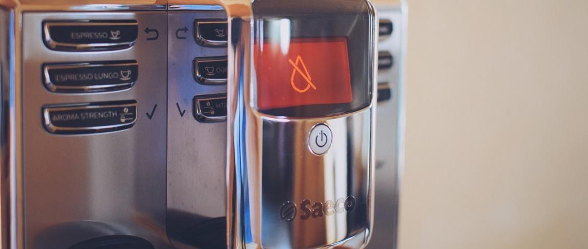 Jaki ekspres do kawy wybrać? Właśnie taki. Saeco Incanto – recenzja Spider's Web
