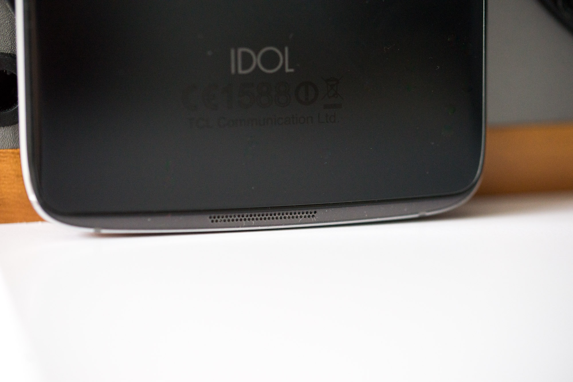Alcatel-Idol-4-4s-10