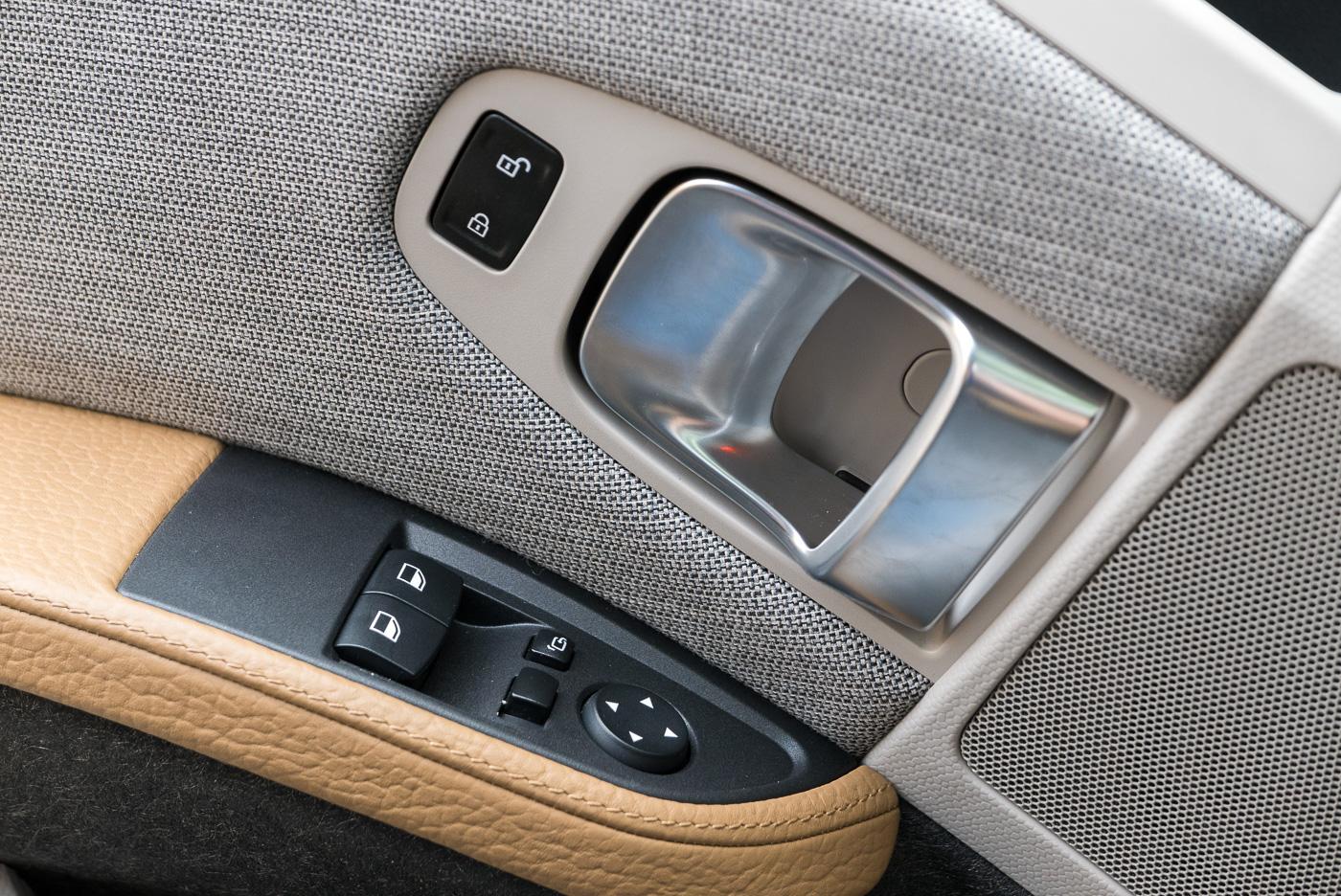 BMW-i3-12