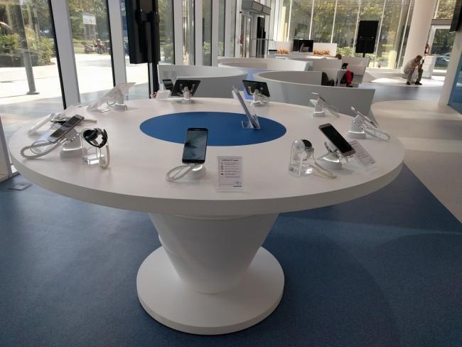 Samsung Premium Service Plaza (4)