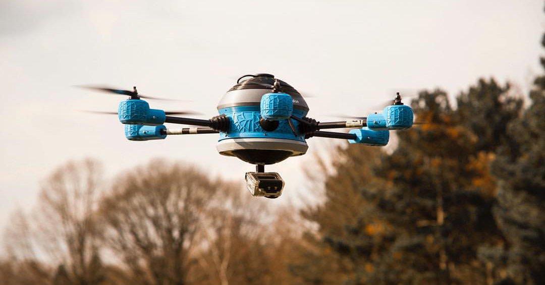 Dron w roli… podniebnego sapera. W tym szaleństwie jest metoda