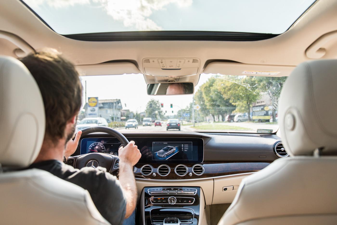 Jak daleko nam do autonomicznych samochodów?