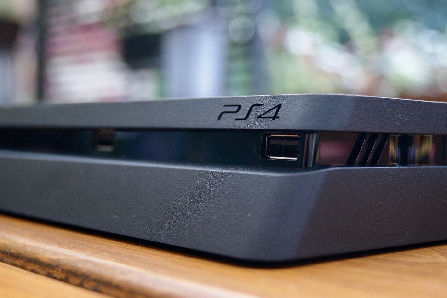 Świetna promocja! PlayStation 4 Slim z dwoma padami kosztuje zaledwie 1000 zł