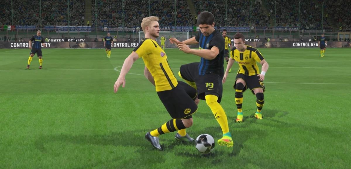 Wyśmienicie, jak zawsze! Pro Evolution Soccer 2017 – recenzja Spider's Web