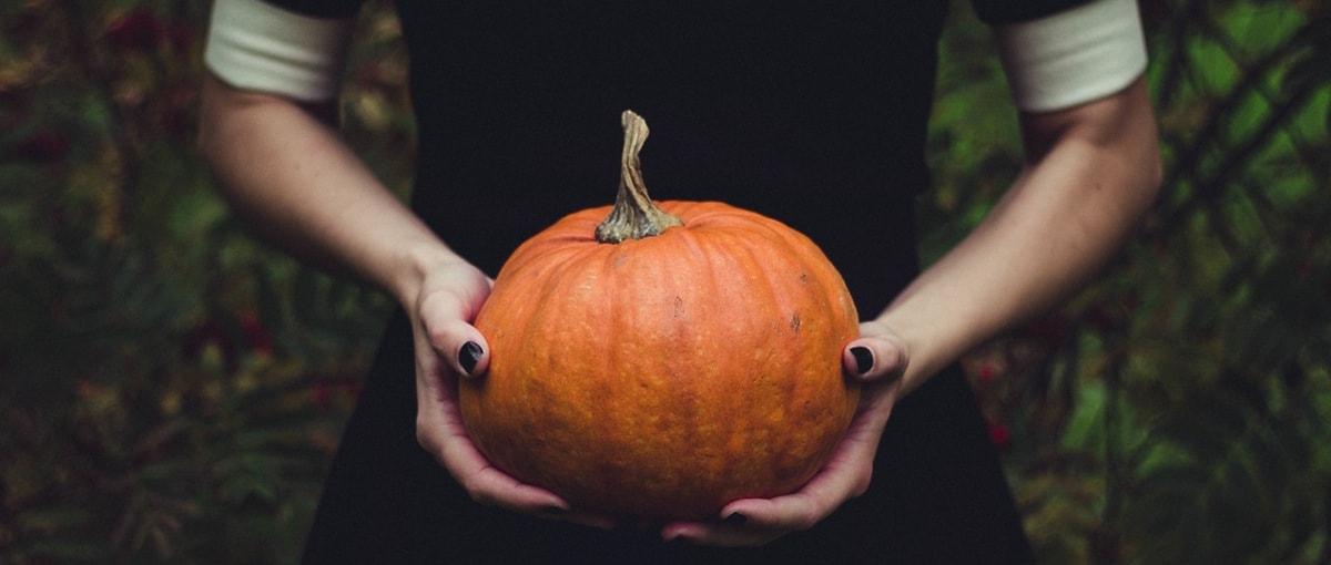 Filmik dnia: Najbardziej przerażający kostium na Halloween został wykonany z… Note'ów 7