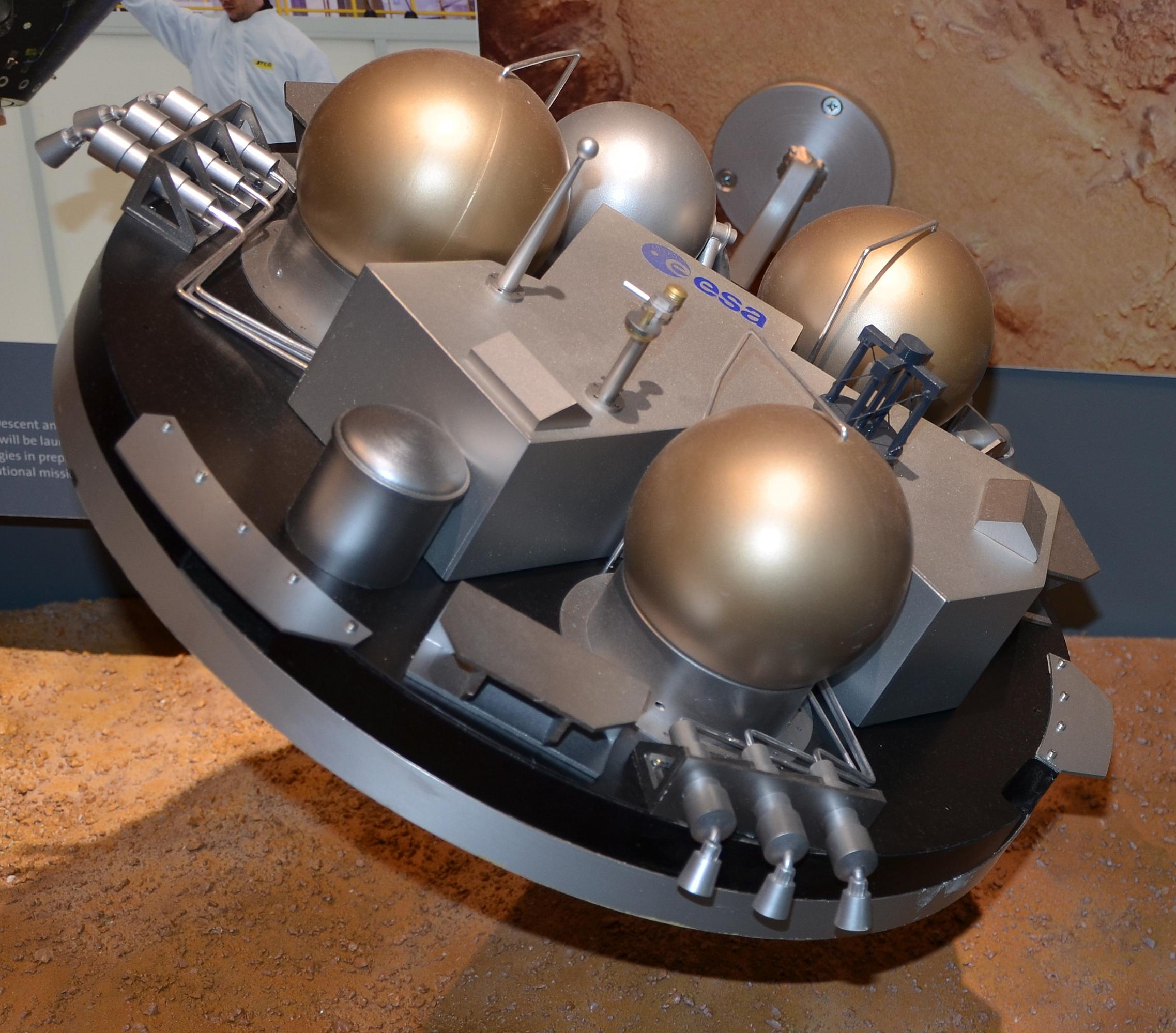 Niestety – europejski lądownik nie przetrwał bliskiego spotkania z Marsem