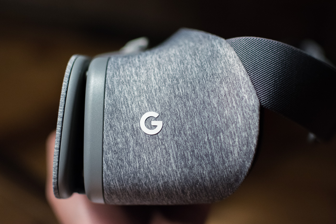 daydream-view-vr-2-of-7