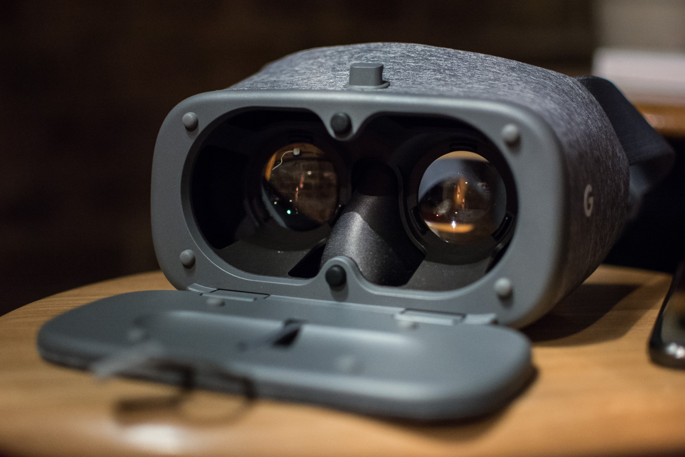 daydream-view-vr-4-of-7