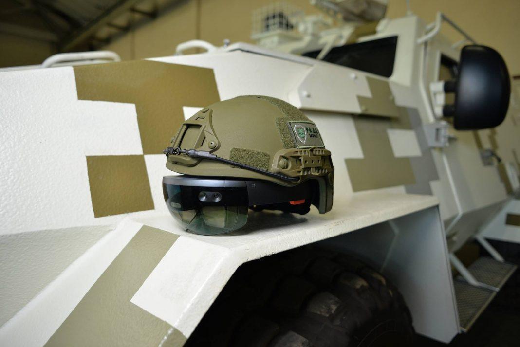 Drżyj Putinie! Ukraińscy dowódcy testują już gogle HoloLens