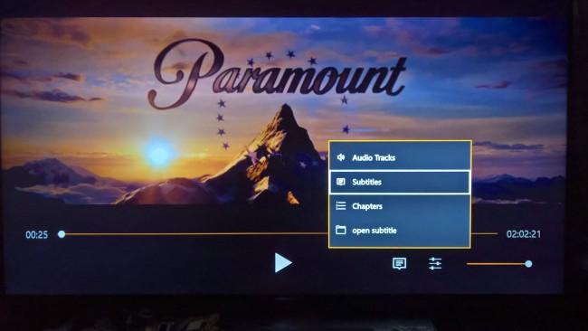 Jak oglądać filmy na Xbox One