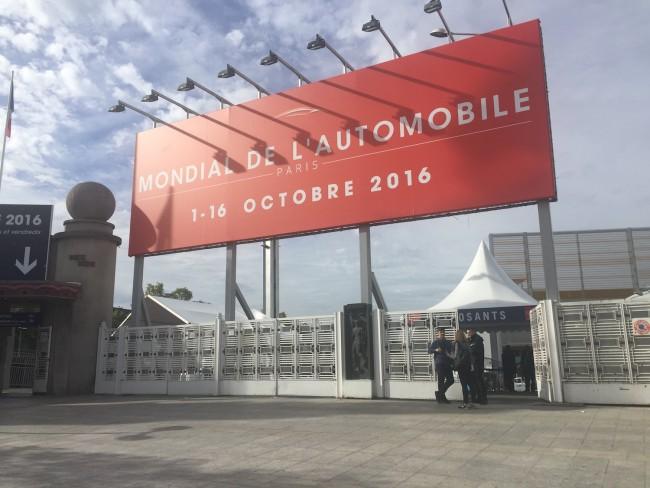 paris-moto-show-wejscie