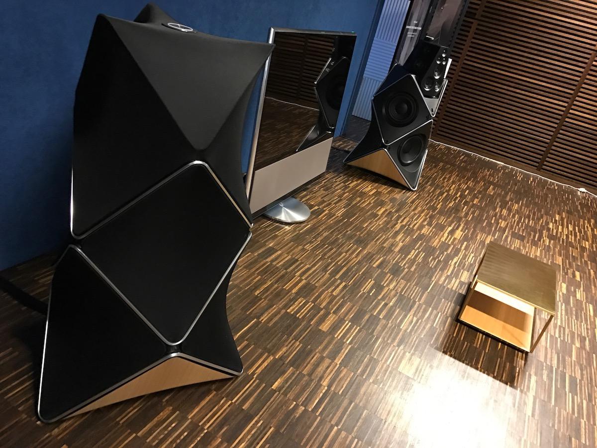 kolumny b o beolab 90 kt re kosztuj tyle co nowa tesla. Black Bedroom Furniture Sets. Home Design Ideas