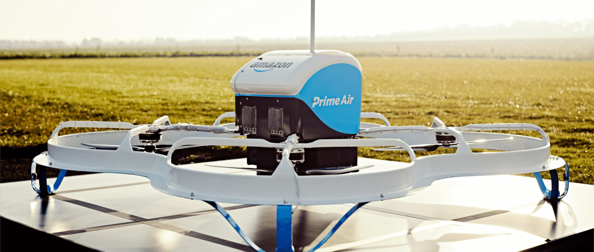 Zdjęcie dnia: Amazon dostarczył pierwszy towar dronem. W 13 minut!