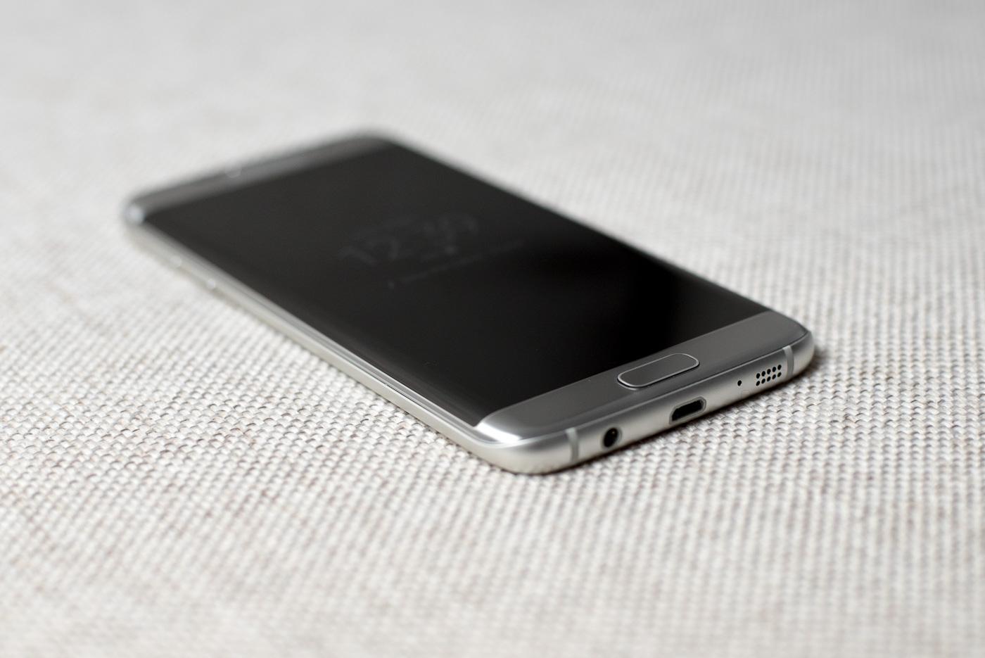 News petarda. Smartfonem Samsunga odblokujesz komputer z Windowsem 10