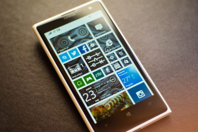 Byłeś moją wielką nadzieją. Żegnaj, Windows 10 Mobile