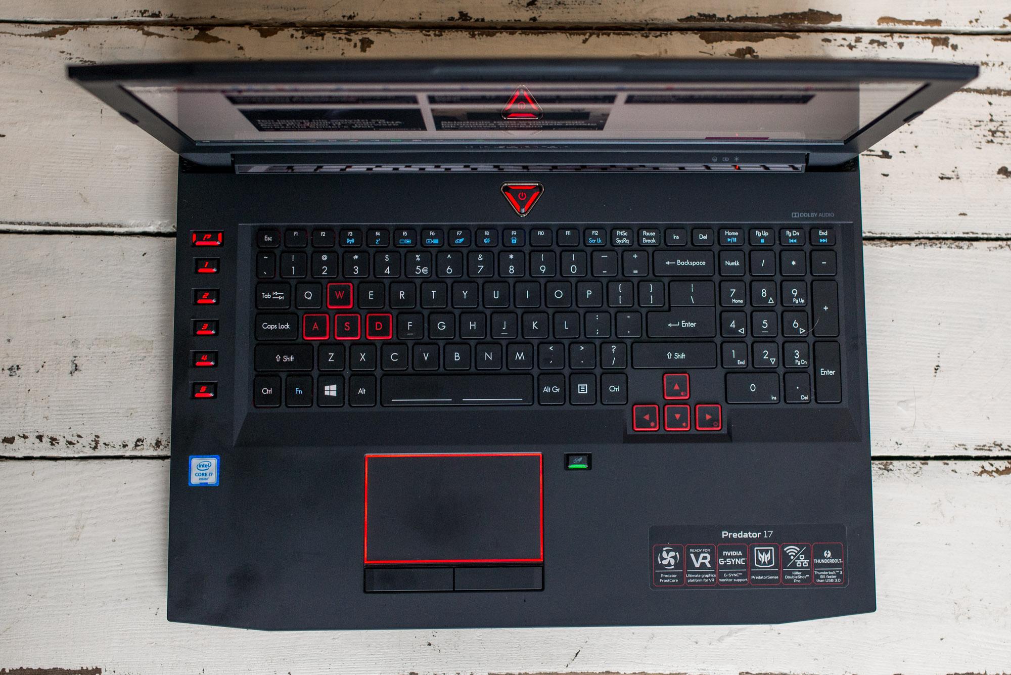 Acer-Predator-17-1070-3
