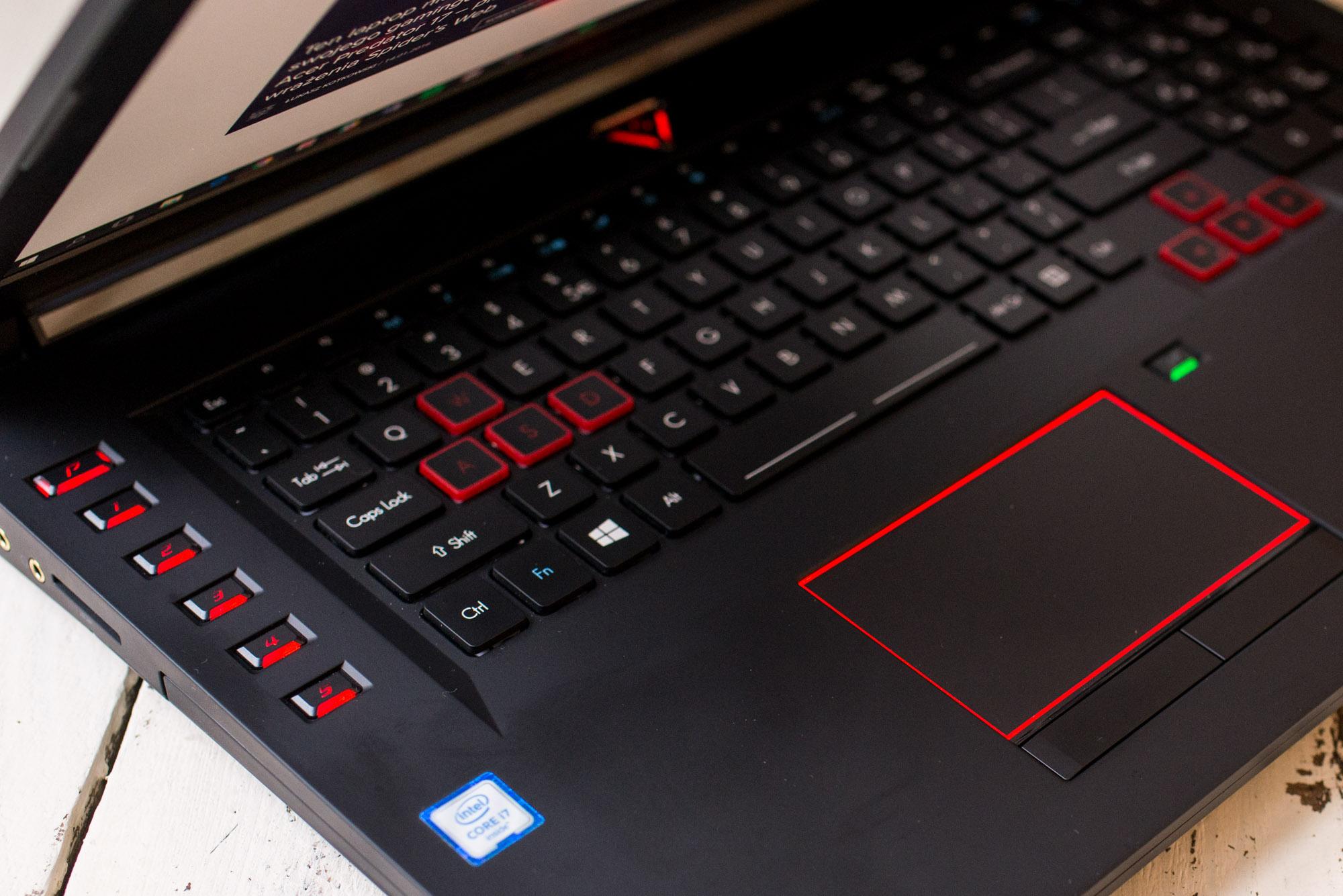Acer-Predator-17-1070-8
