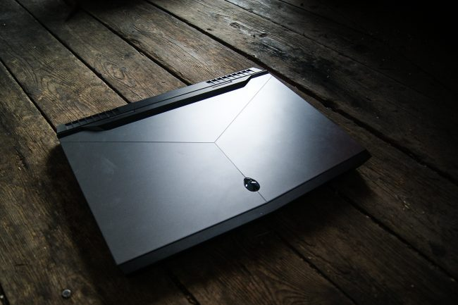 new-alienware-17-2016-40