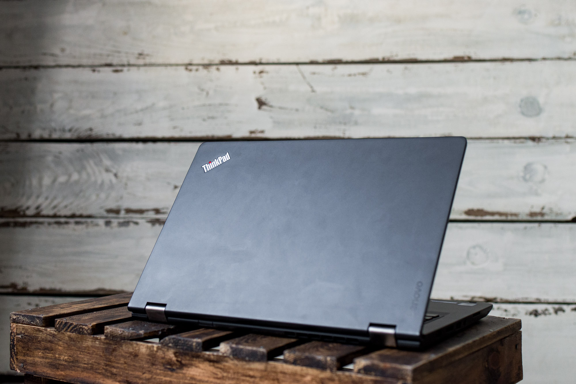 Thinkpad-P40-yoga--4