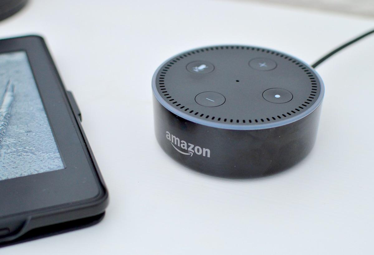 Alexa wysyła prywatne rozmowy domowników do przypadkowych osób. Nawet mi ich nie żal