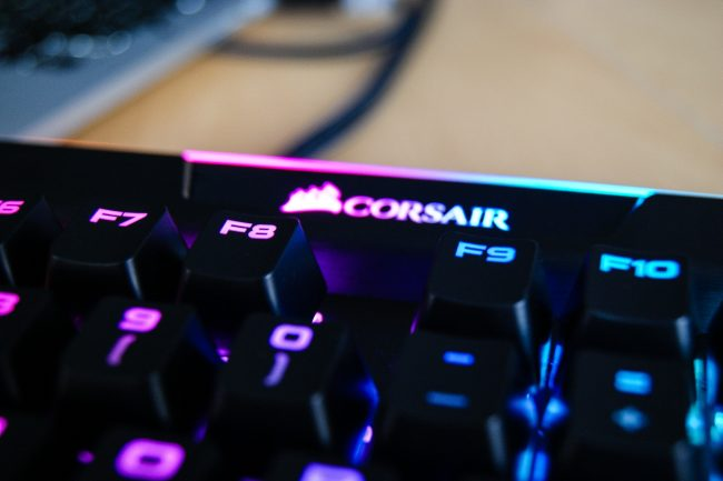 Corsair K95 RGB Platinum -31