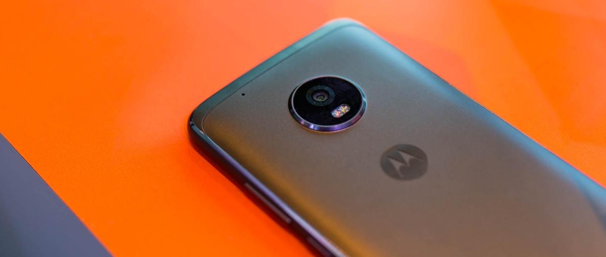 """To naprawdę """"premium dla każdego"""". Moto G5 i G5 Plus – pierwsze wrażenia"""