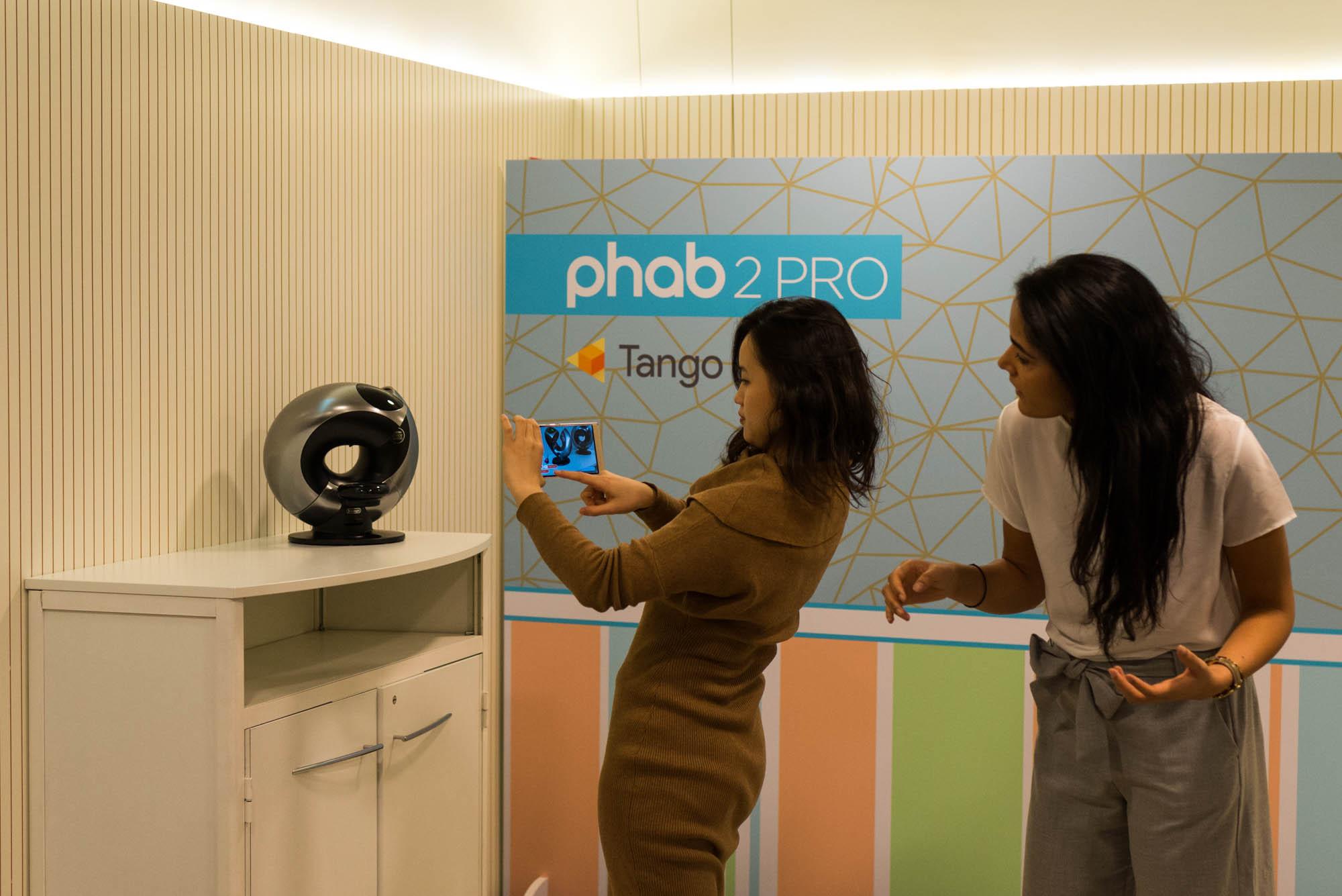 Phab-2-Pro-MWC-2017-3