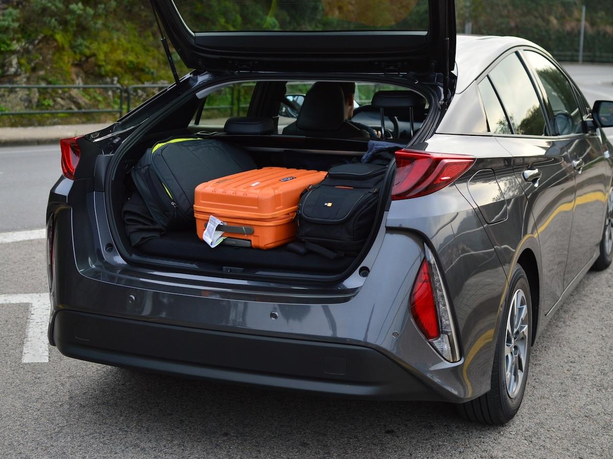 Toyota-prius-plug-in-hybrid-23