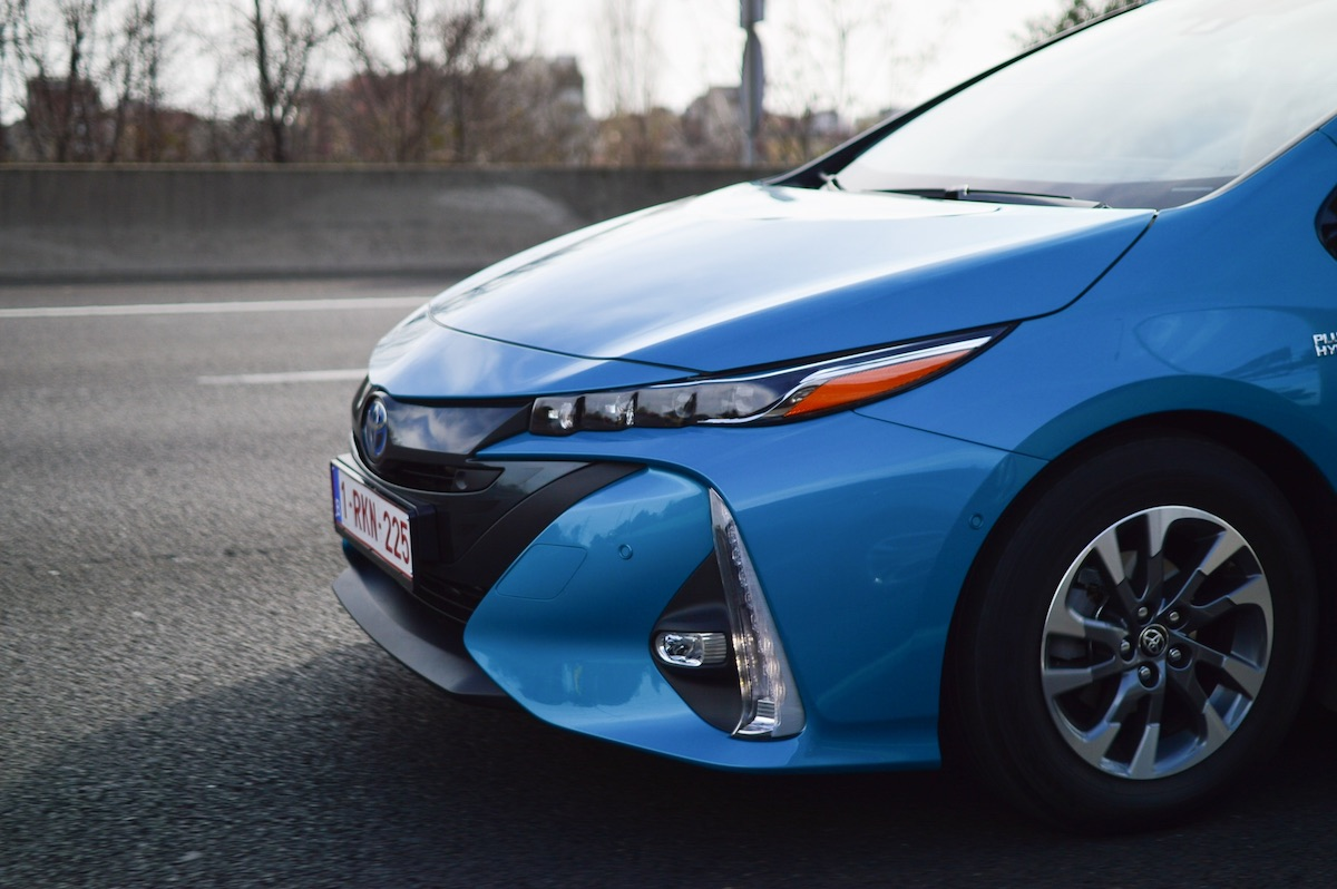 Toyota-prius-plug-in-hybrid-3