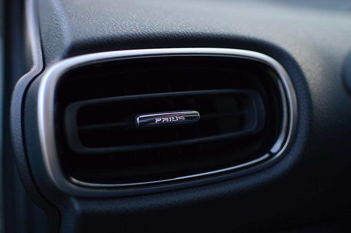 Toyota-prius-plug-in-hybrid-36