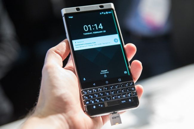 blackberry-keyone (4 of 13)