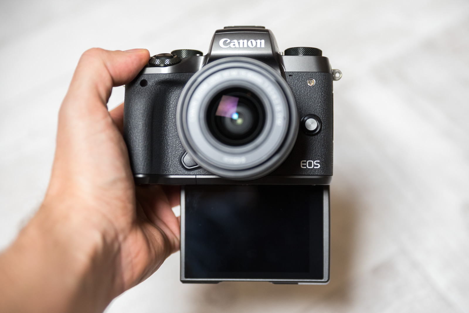 Canon EOS M5 recenzja