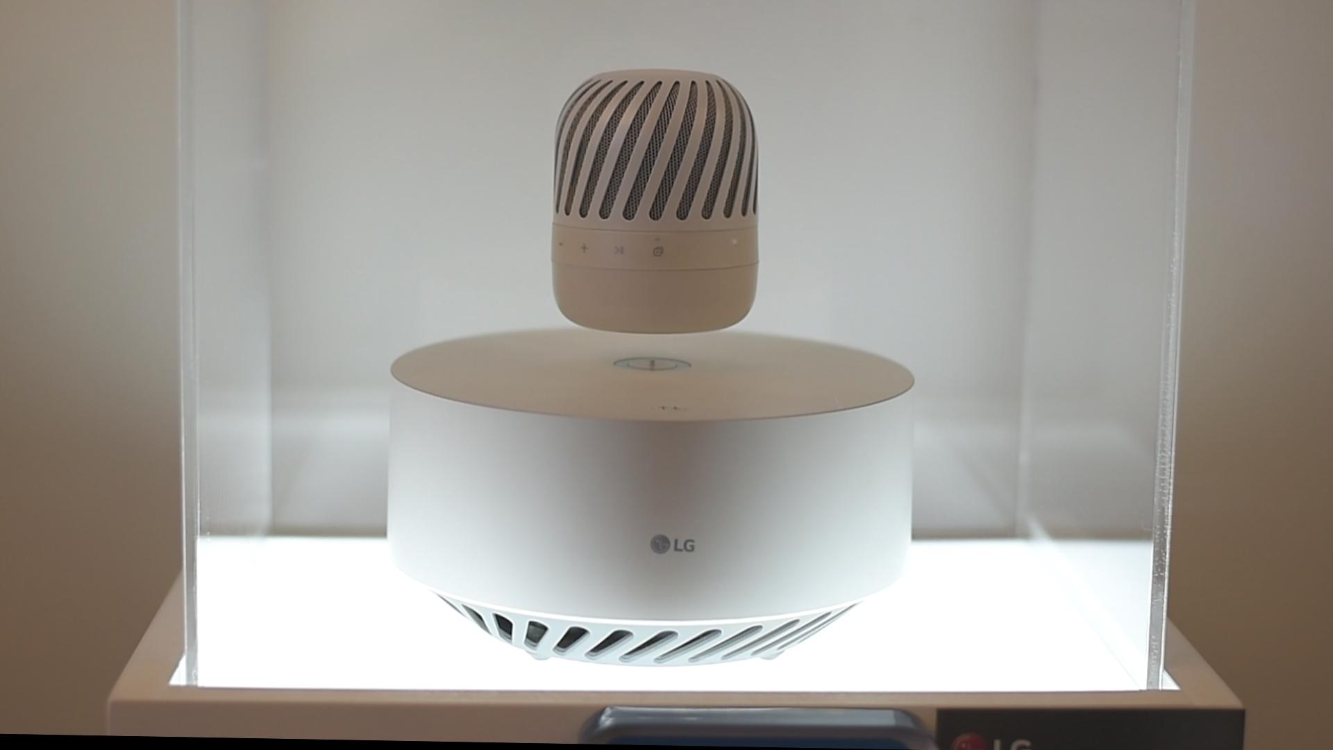Telewizory cienkie jak tapeta i dużo robotów, czyli 7 najciekawszych produktów LG z InnoFest 2017