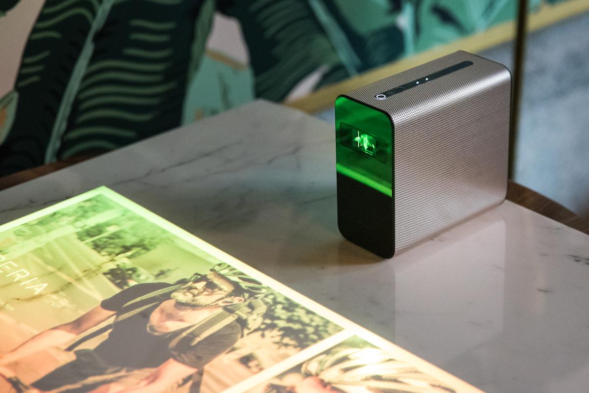 To coś więcej, niż tylko zwykły projektor. Sony Xperia Touch w końcu dostępny w Polsce
