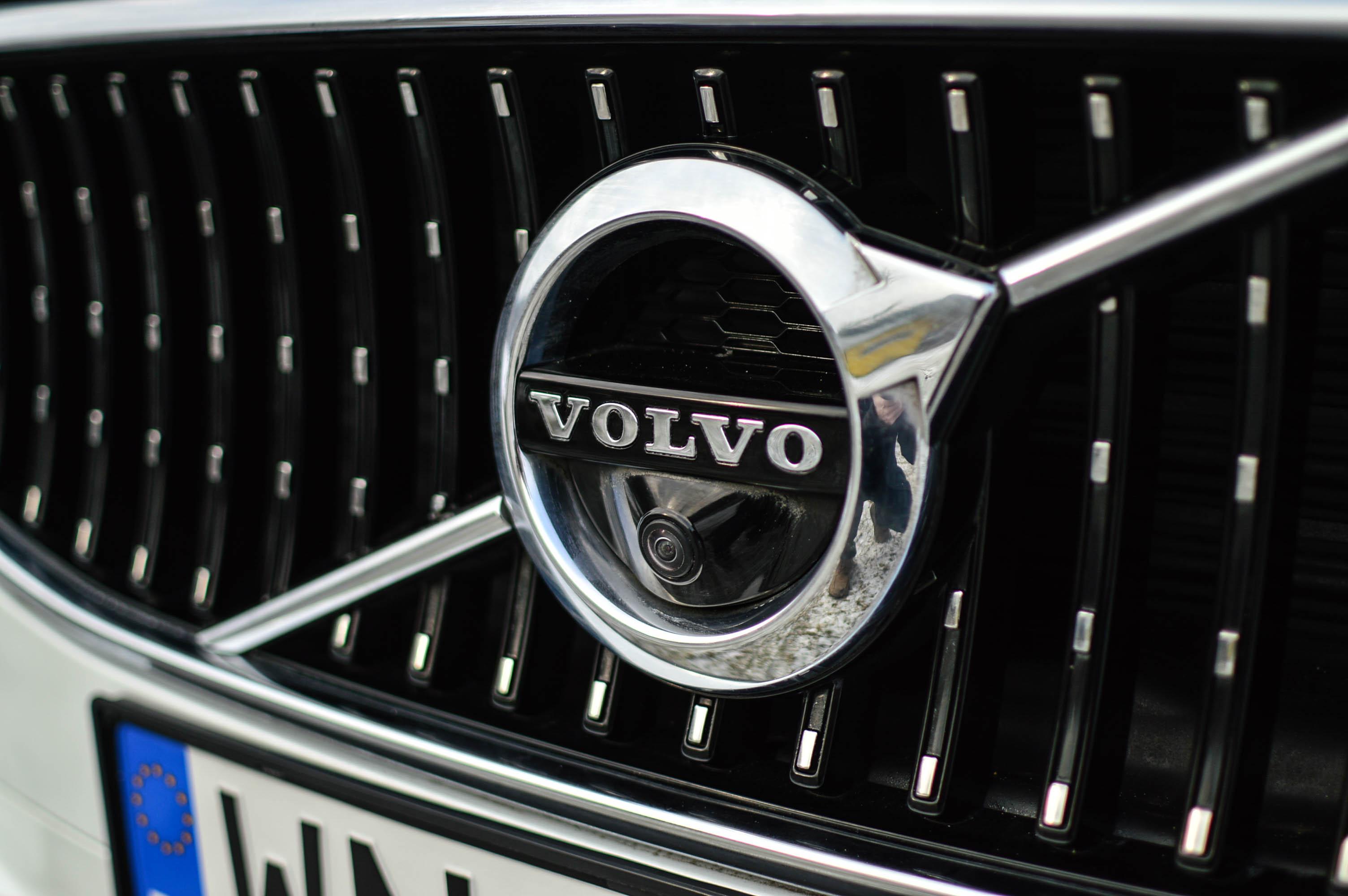 volvo-v90-cross-country-2