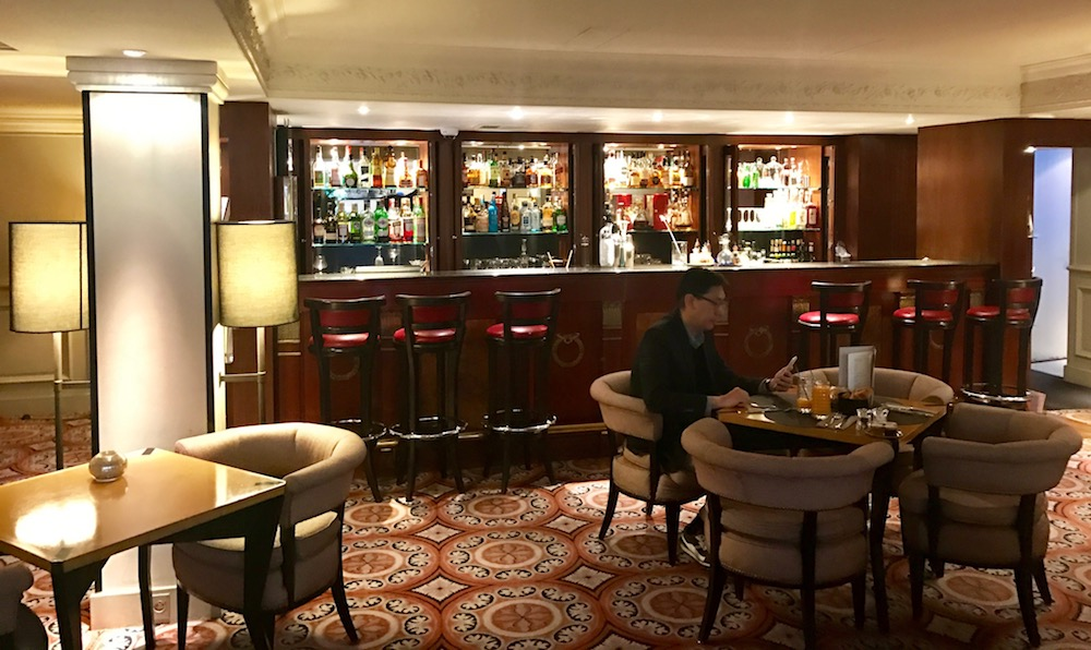 Hotel Scribe, 9