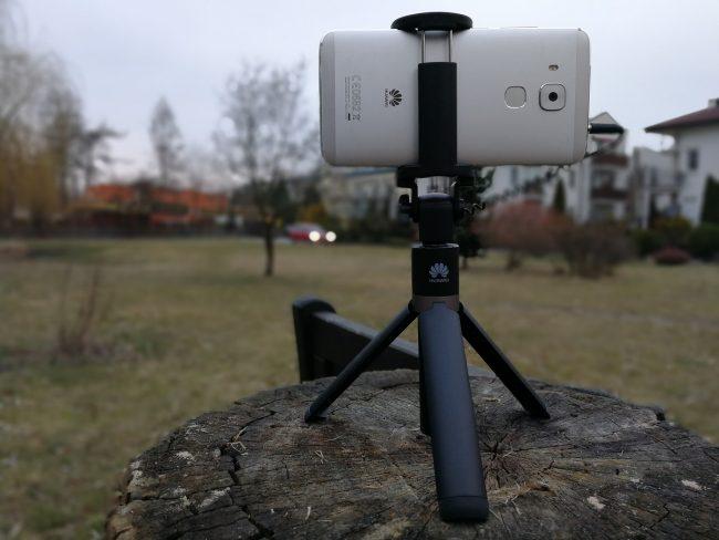 Taki Selfie Stick otrzymasz kupując Huawei P10 w przedsprzedaży.