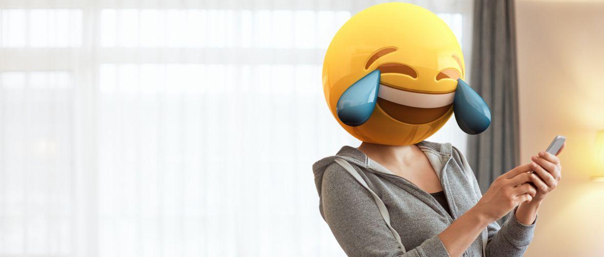 Jeżeli coś jest głupie i działa, to czy na pewno jest głupie? Emotki powrócą do wyszukiwarki Google