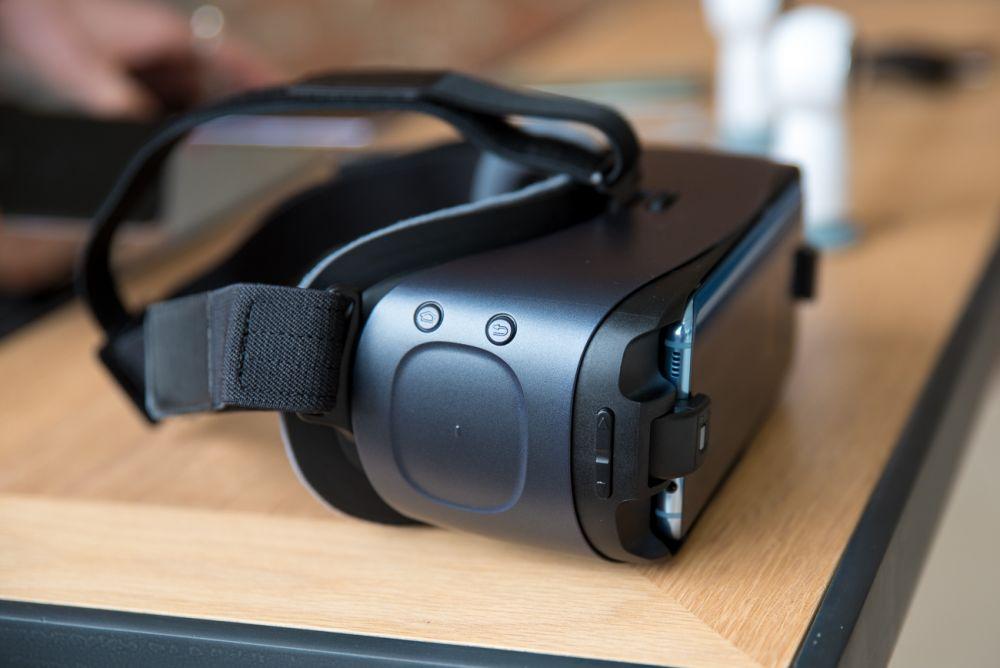 Samsung Gear 360 i Samsung Gear VR - nowa kamera i odświezone okulary.