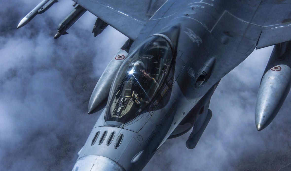 US Air Force chwali się samodzielnym, bezzałogowym F-16, a mnie to przeraża. Skynet będzie miał z górki