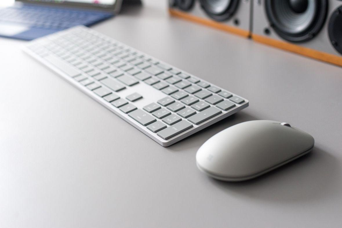 Microsoft chce zmiany w klawiaturach. Przycisk menu, którego i tak nie używasz, zastąpi Office