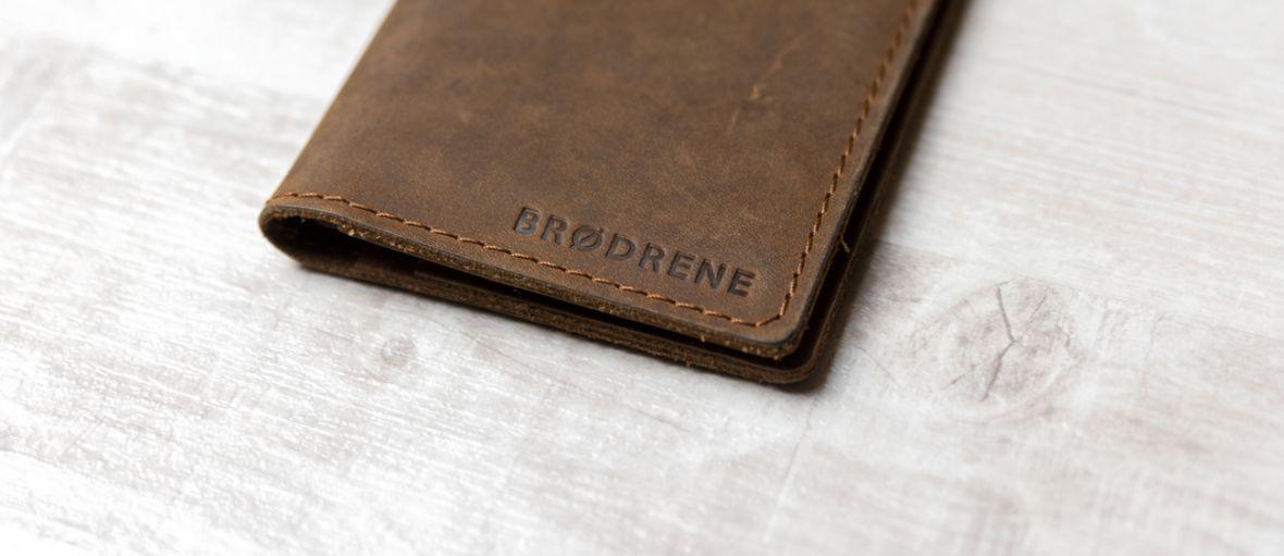 Życie bez monet, czyli Slim Wallet Brodrene w praktyce – recenzja Spider's Web