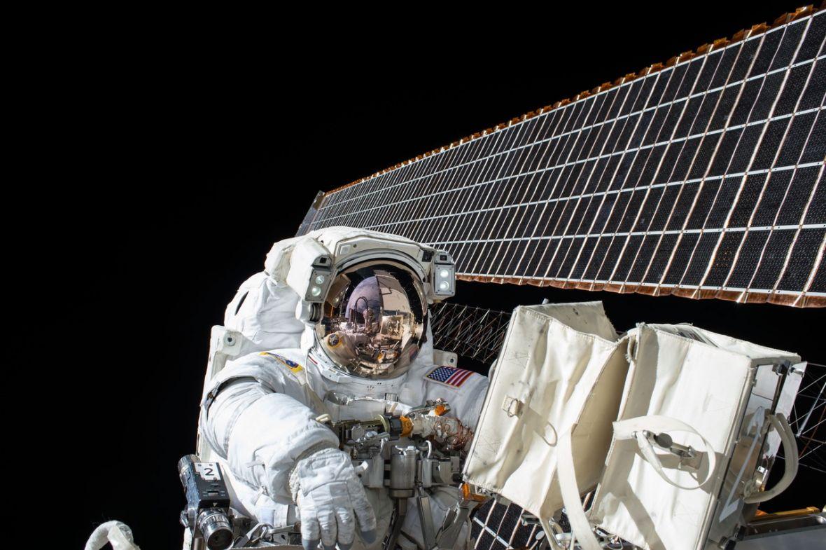 W jaki sposób astronauci na ISS korzystają z Internetu?
