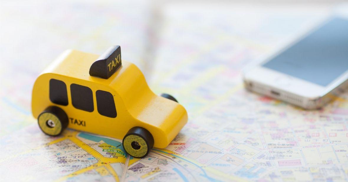 Uber czy mytaxi? Sprawdziliśmy, która usługa jest lepsza