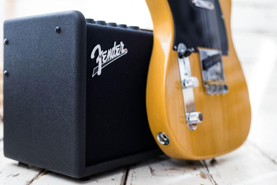 Ten wzmacniacz sprawia, że chce się grać. Fender Mustang GT 40 to strzał w dziesiątkę! – recenzja Spider's Web