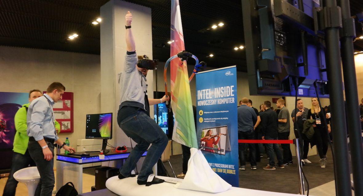 Twórcy gogli VR powinni ustawić się w kolejce po 7invensun. Chiński startup wie, czego im brakuje